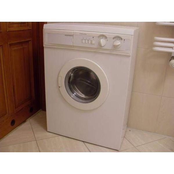 Electrolux EW 932 S 900ford 3kg használt elöltöltős keskeny mosógép